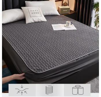 OSUKI Mattress Protective Cover Waterproof Bedsheet (Queen/Single)